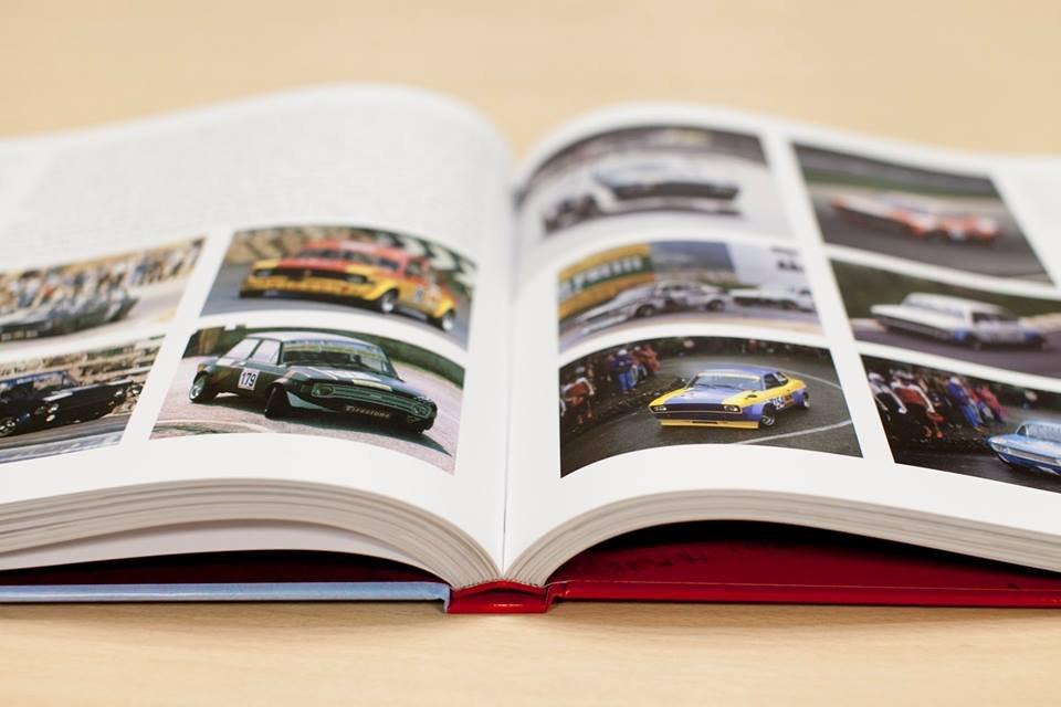 Libro Fiat 128 aperto